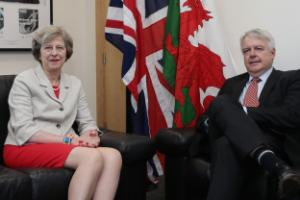 UK could stay in single market in post-Brexit plan drawn-up by Wales parties