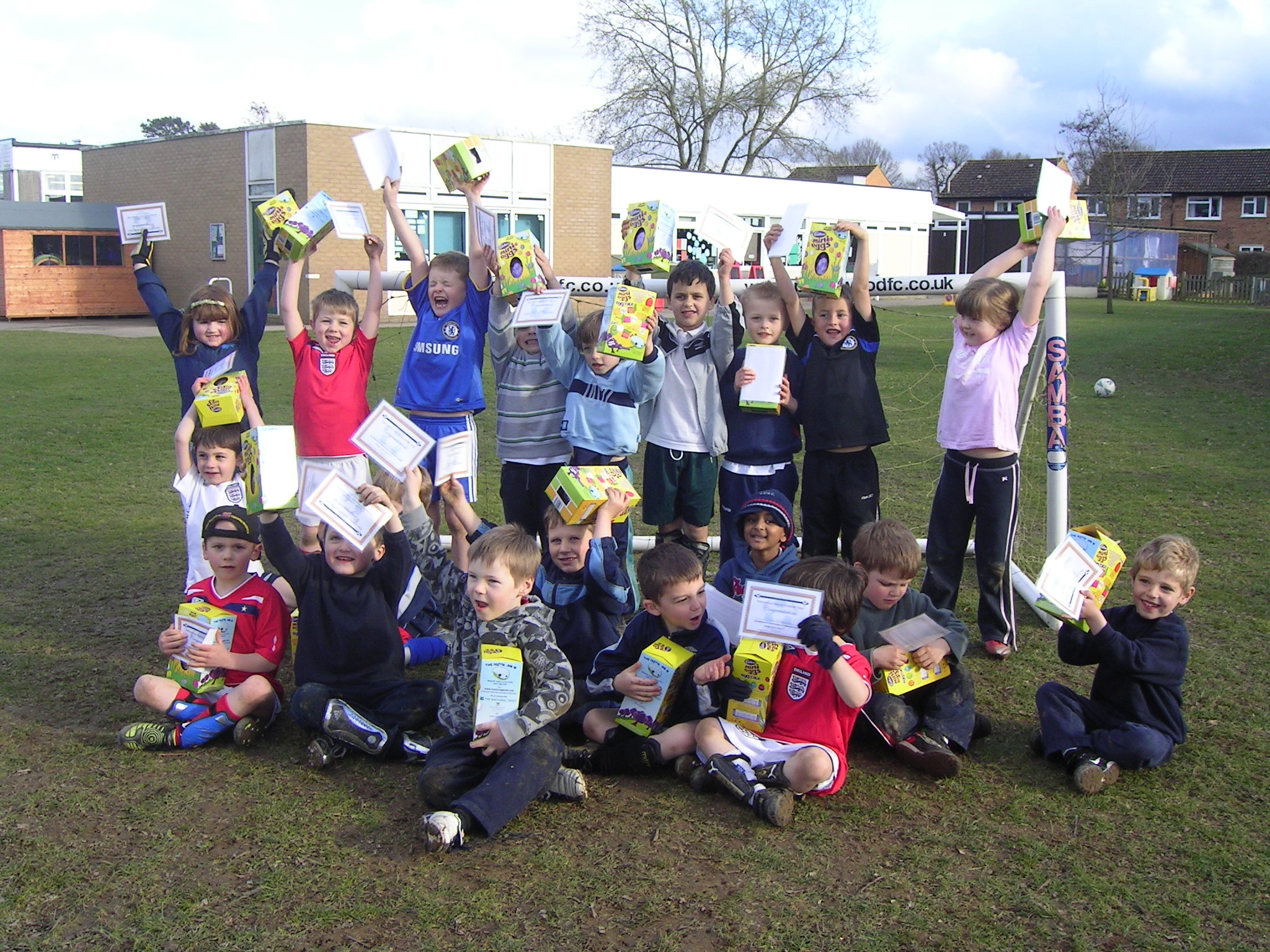 Youngsters netted certificates and Easter eggs